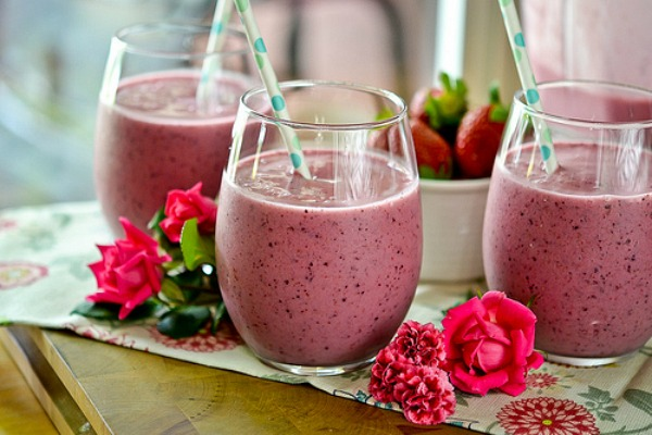 Simple Blueberry Smoothie