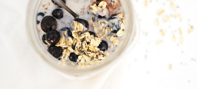 Overnight Oats with Blueberries
