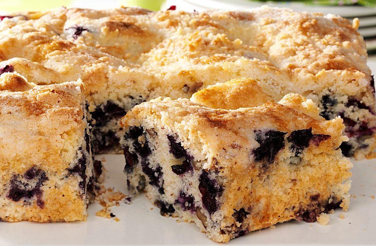 Frozen Blueberry Sour Cream Coffee Cake