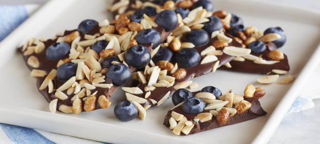 9 Blueberry Recipes For A Healthy Christmas